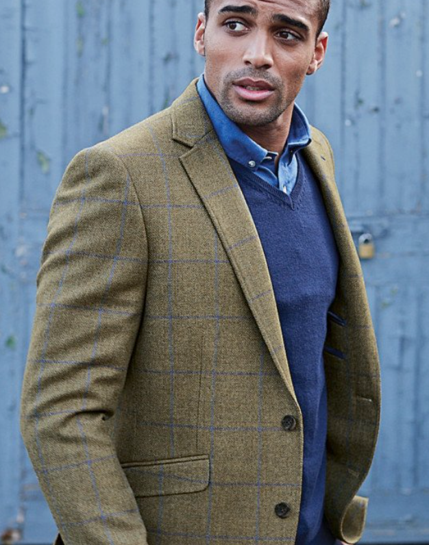 Photo by Brook Taverner (Breedon Pure New Wool Check Jacket)