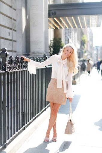 Fashion Mumblr. Women wearing preppy fashion